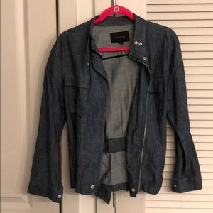 Chambray jacket that cinches in the back